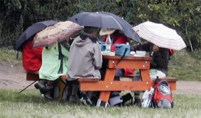 piquenique pluvieux.jpg