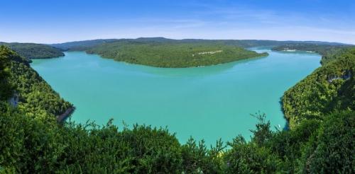 Vue-sur-le-lac-de-Vouglans_defaut.jpg